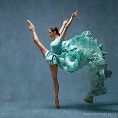 Estas fotografías de bailarines revelan lo increíble que es ver los cuerpos en movimiento
