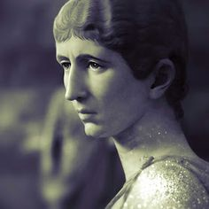 Julia Cornelia Salonina (died Mediolanum ) was an Augusta , wife of Roman Emperor Gallienus and mother of Valerian II . Ancient Rome, Ancient Art, Roman History, Roman Emperor, The Past, Statue, Marbles, Family Pictures, Greece