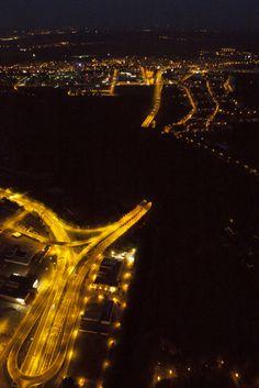 Noční pohled na Pisárecký tunel, Brno