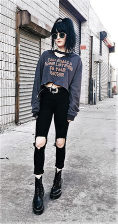 23 Cool Dark Grunge Outfit Ideas You should have listened to your. - 23 Cool Dark Grunge Outfit Ideas You should have listened to your mother top with choker, sunglasses, black ripped pants, belt & Dr Martens boots by jaglever Source by - Grunge Winter Outfits, Edgy Outfits, Mode Outfits, Fashion Outfits, Fashion Trends, Fashion Styles, Summer Outfits, Hipster Outfits, Fashion Fashion