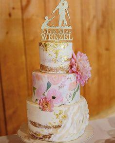 Hand painted watercolor wedding cake #weddingcake #uniquecake #cakes