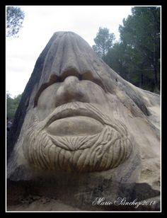 Chemary. Una de las esculturas más impresionantes de la ruta. Guadalajara, Spain.
