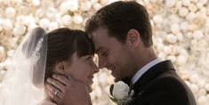 """""""Fifty Shades Freed"""" First Look - Christian and Anastasia's Wedding Dance"""