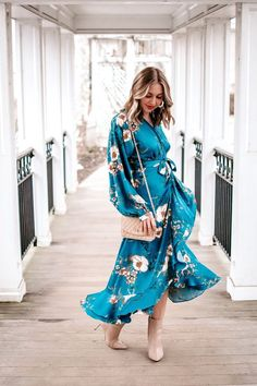 9 Great floral print long sleeve dresses that are great for dressing up during the winter to spring transition - winter to spring transitional outfit - spring dress