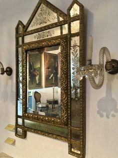 Espejo con cristal tallado de la casa de la Independencia de Asunción-Paraguay