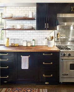 Flawless Kitchens - Defined Designs