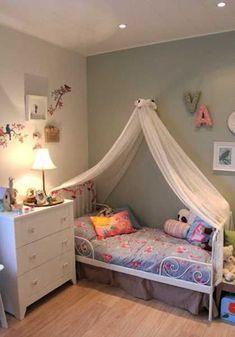 Little Girls Bedroom Decorating with Light Room Colors and Fabrics #Littlegirlbedrooms