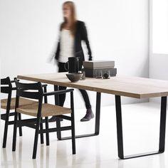 MAISON HAND présente les autres produits : DK3 - Lowlight Table