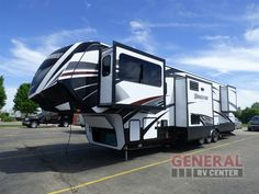 New 2017 Grand Design Momentum 376TH Toy Hauler Fifth Wheel at General RV | Brownstown, MI | #140310