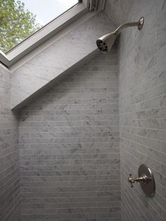 shower under the starry sky 20 luxury bathrooms with skylight windows &; Bathroom Design Ideas shower under the starry sky 20 luxury bathrooms with skylight windows &; Bathroom Design Ideas Maureen Ede maureenede Abbie's new […] guest room gym Skylight Bathroom, Loft Bathroom, Upstairs Bathrooms, Bathroom Ideas, Modern Bathroom, Shower Ideas, Sloped Ceiling Bathroom, Loft Ensuite, Small Attic Bathroom