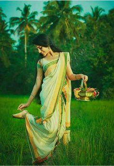 Beautiful Girl Photo, Beautiful Girl Indian, Beautiful Indian Actress, Beautiful Saree, Beautiful Children, Indian Photoshoot, Saree Photoshoot, Village Photography, Indian Wedding Photography