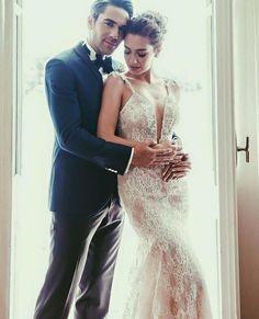 Breathtaking Turkish star Neslihan Atagül is just divine in  ❤️ From… Pnina Tornai, Turkish Wedding Dress, Prettiest Actresses, Wedding Dresses Photos, Muslim Couples, Celebs, Celebrities, Wedding Beauty, Beautiful Couple