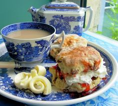 Devon Cream Tea with Strawberry Jam and Scones (recipes for jam and scones included). - Lavender and Lovage English Tea Time, English Afternoon Tea, Cream Tea, Cuppa Tea, Strawberry Jam, Tea Recipes, Sweet Recipes, High Tea, Scones