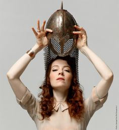 A warranted chainmail helmet for bad-ass awesome *Melissa Auf der Maur* ♥ \m/