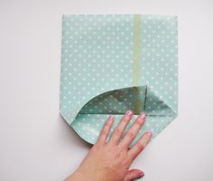 Pretty Paper gift bag tutorial - I have tons of Christmas card stock paper that I could easily use for this.