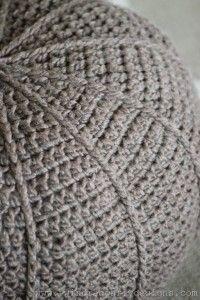 Crochet Floor Pouf Pattern (4)_thumb