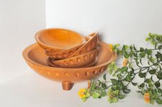 Vintage 1930s Munising Wooden Salad Bowl Set, Munising Footed Carved 6 Piece Wood Bowl Set  Munising Wood Products is a well known early