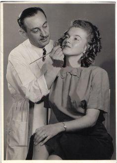 1944 Portraits de Norma Jeane - Divine Marilyn Monroe                                                                                                                                                                                 Mais
