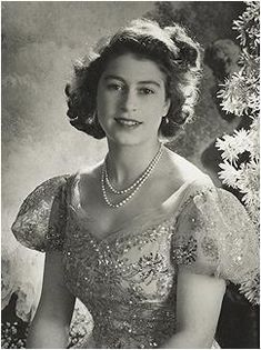 It's impossible to know how many pearl necklaces the Queen has; a pearl lover herself, she's also inherited jewels from the pearl-draped Que...