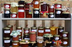 An Introduction to Making Jam- Although home food preserving is one of many dying arts, I'm confident that anyone can make jam.  I would love to see preserving make a comeback.  If I could do it, you can, too. As with most new tasks, the first time always takes longer than anticipated, but jam-making is surprisingly easy.