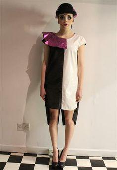 £20.00-Pretty Disturbia Harlequin Contrast Dress With Pink Collar