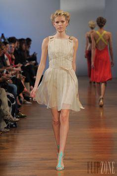 Collette Dinnigan - Ready-to-Wear - Spring-summer 2014 - http://www.flip-zone.net/fashion/ready-to-wear/independant-designers/collette-dinnigan-4230 - ©PixelFormula