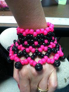 Classic Kandi Style with Beadery Pony beads and Bubble beads! Pony Bead Patterns, Kandi Patterns, Beading Patterns, Diy Kandi Bracelets, Rave Bracelets, Kandi Mask, Kandi Cuff, Cute Braces Colors, Pearler Beads