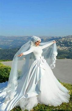 Beautiful muslim wedding dress.Find more hijab and muslim wedding dress with muslimtourtravel.com in China