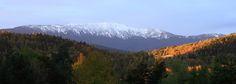 Babia Góra (słow. Babia hora, węg. Babia-Gura, niem. Teufelspitze czyli Diabelski Szczyt) – masyw górski w Paśmie Babiogórskim należącym do Beskidu Żywieckiego w Beskidach Zachodnich (według słowackiej terminologii są to Oravské Beskydy). Najwyższym szczytem jest Diablak (1725 m), często nazywany również Babią Górą, jak cały masyw. Jest to najwyższy szczyt całych Beskidów Zachodnich, poza Tatrami najwyższy szczyt w Polsce i drugi co do wybitności (po Śnieżce). Zaliczany jest do Korony Gór…