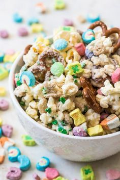 Food and drink <b>Food and drink.</b> Lucky Charms Snack Mix - House of Nash Eats. Snack Mix Recipes, Cereal Recipes, Dessert Recipes, Dessert Ideas, Snack Mixes, Delicious Recipes, Desserts, Lucky Charms Treats, Lucky Charms Cereal