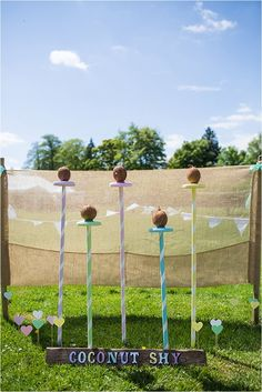 Vintage garden party games ring toss 31 Ideas for 2019 Wedding Games For Kids, Wedding Reception Games, Wedding Ideas, Festival Themed Party, Festival Wedding, Diy Garden Games, Garden Fun, Garden Ideas, Fairground Games