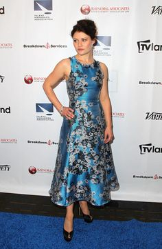 Emilie De Ravin Photos - Actress Emilie de Ravin attends the TMA 2015 Heller Awards at the Hyatt Regency Century Plaza on May 2015 in Century City, California. - The TMA 2015 Heller Awards - Red Carpet Emilie De Ravin, Elton John Aids Foundation, She Walks In Beauty, Jennifer Morrison, Hollywood Life, Other Outfits, Ouat, Actors & Actresses, Red Carpet
