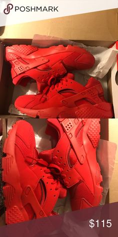 newest 47b63 c98fd RED NIKE huaraches !!! Size 7 worn a few times Extremely good condition!
