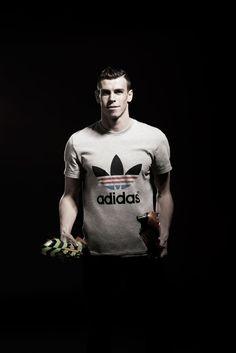 a4e876cd4 Gareth Bale Unveils New Crazy Light Boot