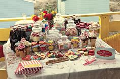 This is the most well-constructed dessert table I have seen!