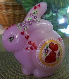 Fenton one of a kind Lavender Hearts Love Bunny Rabbit Saint Valentine, Valentines Day Hearts, Cut Glass, Glass Art, March Baby, Bunny Art, Glass Figurines, Fenton Glass, Glass Animals