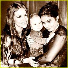 Selena Gomez and Vanessa Hudgens #SelenaGomez #VanessaHudgens