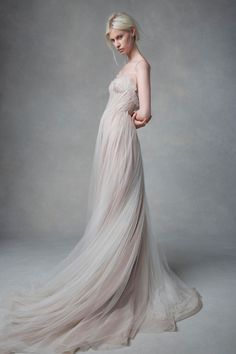 Thanks to elite online retailers and the overwhelming craving for something original, the top bridal designers of 2018 was not hard to decipher. Bridal Dresses, Wedding Gowns, Wedding Venues, Dresses Elegant, Wedding Inspiration, Style Inspiration, Glamour, The Dress, Dress Long