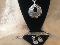 FABULOUS Parure CROWN TRIFARI Silver Modernist Style by GENEVEVES