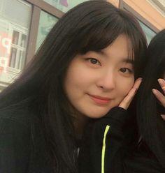 Kpop Girl Groups, Korean Girl Groups, Kpop Girls, Cool Girl, My Girl, Wendy Red Velvet, Kang Seulgi, Red Velvet Seulgi, Peek A Boos