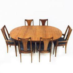 Broyhill Brasilia/Emphasis Dining Set