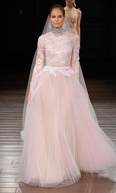 Wedding dresses 2017: Pastel and colored bridal gowns