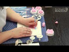 Zdeňka Michnová - Zdobení dortů - díl 2 - YouTube Fondant Flowers, Fondant Rose, Cake Flowers, Biscuit, Rose Tutorial, Flower Spray, Cupcakes, Gum Paste, Flower Designs