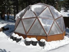 Geodesic dome solar greenhouse