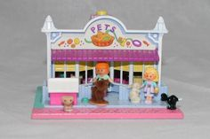 Polly Pocket is a sure hit with her little pet shop. This Polly Pocket toy house was made by Bluebird in The set included Polly and her friend Midge. Little Pet Shop, Little Pets, Polly Pocket, Pocket Pet, Toy House, 90s Kids, Blue Bird, Toy Chest, Toddler Bed