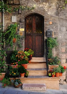 I'd love to know what's on the other side this door in Assisi, Italy…