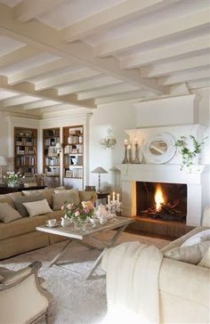 Decorating with painted beams x Home Living Room, Living Room Decor, Living Spaces, Decor Room, Painted Beams, Sweet Home, Country Style Homes, Cottage Interiors, Living Room Inspiration