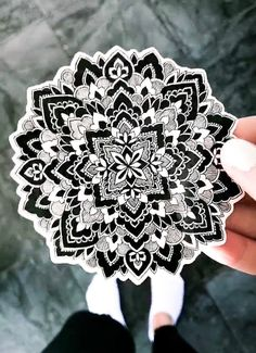 Black and white mandala sticker in vinyl. Mandala, My Arts, Stickers, Trending Outfits, Unique Jewelry, Handmade Gifts, Floral, Flowers, Etsy