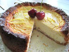 Ihan paras New York cheesecake, viljaton ja vhh: Tinskun keittiössä Lychee Juice, Lchf, Keto, Cake Pans, New York, Quick Easy Meals, Delicious Desserts, Good Food, Low Carb