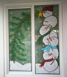 50 Elegant Christmas Window Decoration Ideas - # Christmas # Elegant # Christmas Decorations - Drawing Still 2020 Elegant Christmas, Christmas Art, Christmas Holidays, Christmas Ornaments, Christmas Window Decorations, Christmas Window Paint, Christmas Windows, School Window Decorations, Cubicle Decorations
